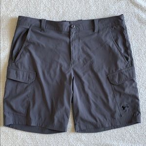 Under Armour Loose Fit Heat Gear Cargo Grey Shorts